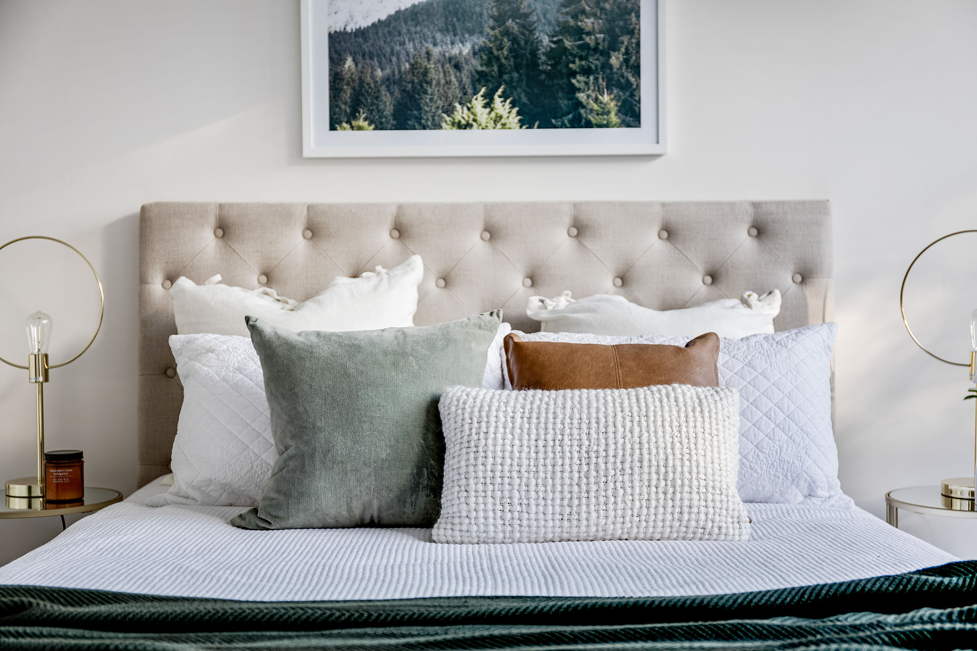 home decorating pillows