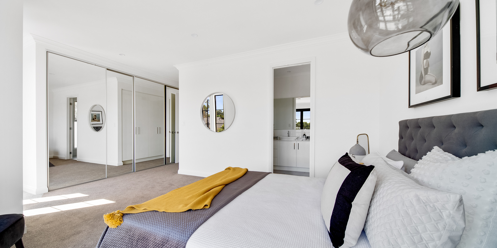 Normus Homes bedroom with mirrored robes
