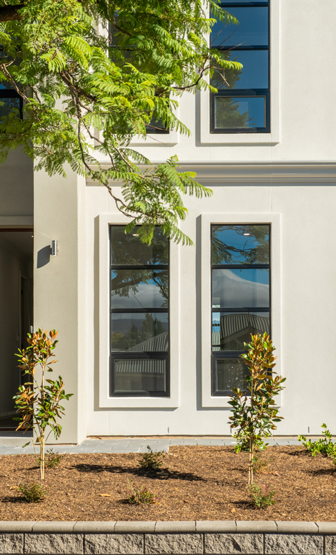 Normus Homes - George II Window Feature