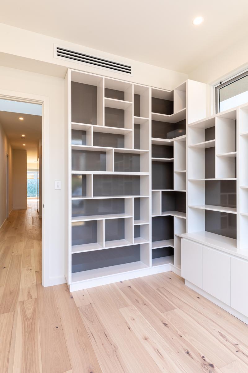 Normus Homes - Marine I Bookshelf