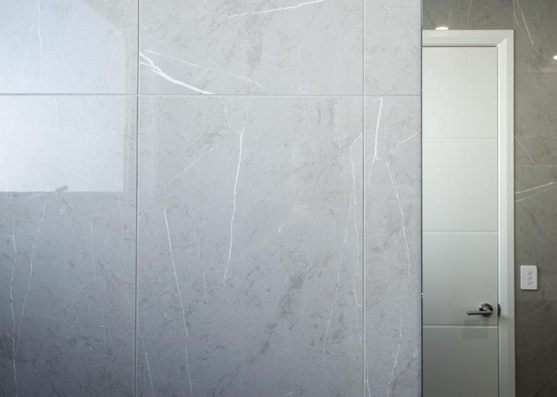 Normus Homes - George I Bathroom Tile